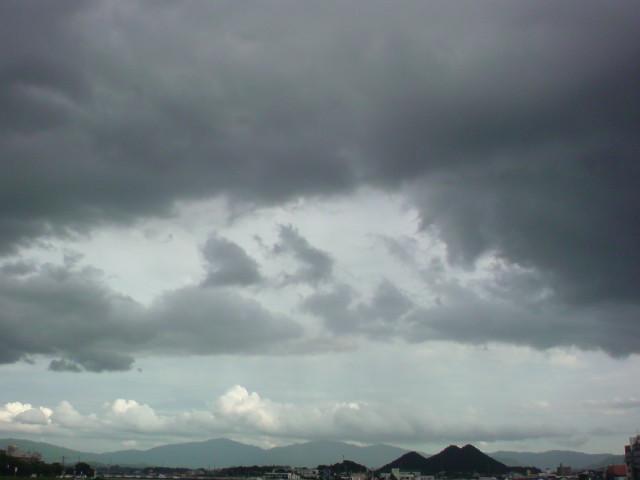 まだまだ梅雨かなぁ〜?