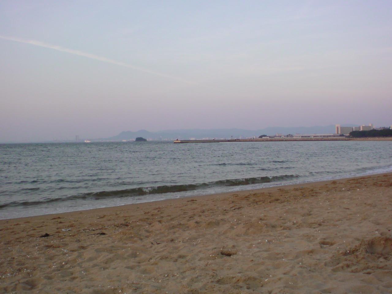 百道浜にいますが寒くて!